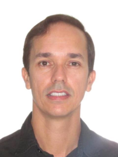 Marco Antônio Valadares